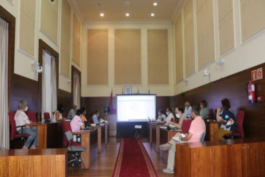 Los Empresarios proponemos acciones para dinamizar el comercio con cargo a la Edusi