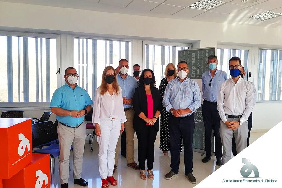 La Asociación de Empresarios celebramos un encuentro de trabajo con PP Chiclana.