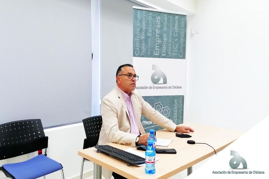 El presidente de los empresarios de Chiclana, Antonio Junquera, se incorpora al nuevo comité ejecutivo de la CEC.
